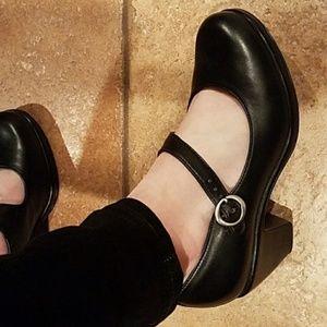 Dansko Black Leather Mary Jane heels 40